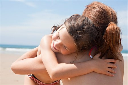 Mother and Daughter on Beach, Camaret-sur-Mer, Finistere, Bretagne, France Stock Photo - Premium Royalty-Free, Code: 600-05389214