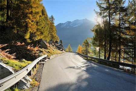 fall - Road, Lake Sils, Engadin, Canton of Graubunden, Switzerland Stock Photo - Premium Royalty-Free, Code: 600-05452185