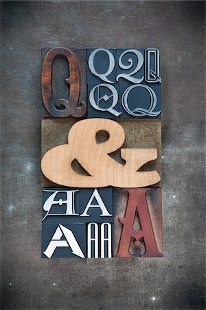 Letterpress Q's and A's Stock Photo - Premium Royalty-Free, Code: 600-05524436