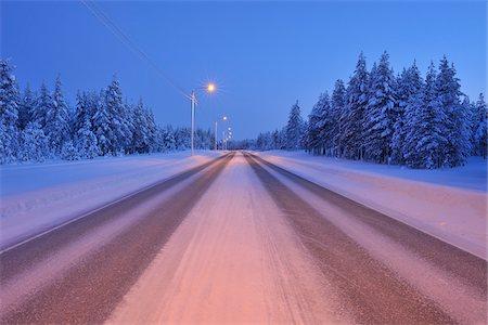 Road in Winter, Kuusamo, Northern Ostrobothnia, Finland Stock Photo - Premium Royalty-Free, Code: 600-05610002