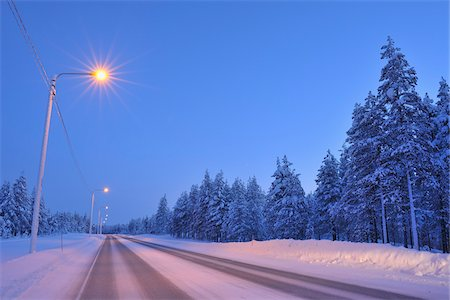 Road in Winter, Kuusamo, Northern Ostrobothnia, Finland Stock Photo - Premium Royalty-Free, Code: 600-05610003