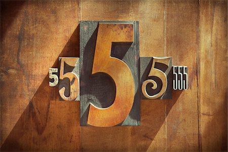 five - Letterpress 5's Stock Photo - Premium Royalty-Free, Code: 600-05656544