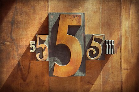 five - Letterpress 5's Stock Photo - Premium Royalty-Free, Code: 600-05656544