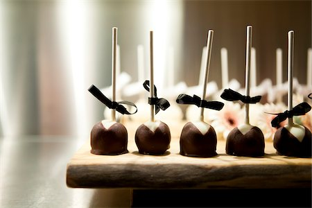 sweets - Chocolate Lollipops at Wedding Stock Photo - Premium Royalty-Free, Code: 600-05756453