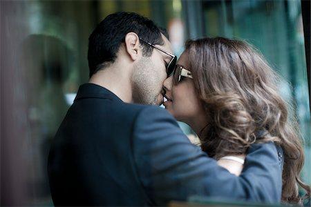 partnership - Couple Kissing Stock Photo - Premium Royalty-Free, Code: 600-05786094