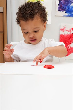 finger painting - Little Boy Finger Painting Stock Photo - Premium Royalty-Free, Code: 600-05786123