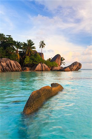 seychelles - Granite Rock Formations, Anse Source d'Argent, La Digue, Seychelles Stock Photo - Premium Royalty-Free, Code: 600-05786193