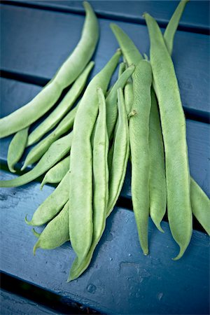 Fresh Picked Green Beans Stock Photo - Premium Royalty-Free, Code: 600-05800606