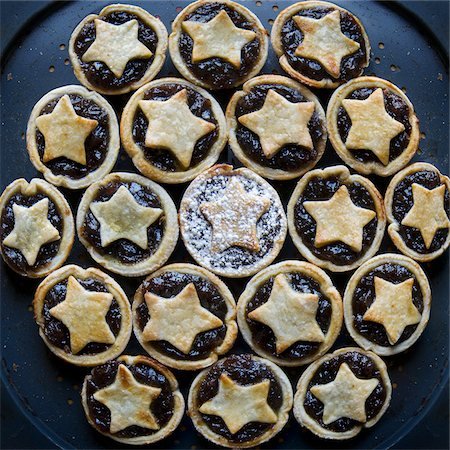 festive - Mincemeat Tarts Stock Photo - Premium Royalty-Free, Code: 600-05803167