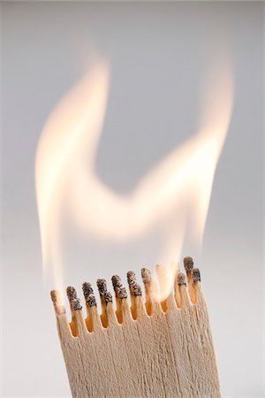 flame - Lit Matches Stock Photo - Premium Royalty-Free, Code: 600-05810124