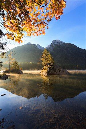 Lake Hintersee, Bavaria, Germany Stock Photo - Premium Royalty-Free, Code: 600-05837545