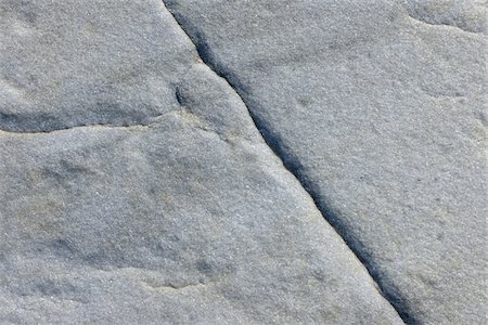 Stone with Crack, Nanortalik, Kujalleq, Kejser Franz Joseph Fjord, Greenland Stock Photo - Premium Royalty-Free, Code: 600-05947801
