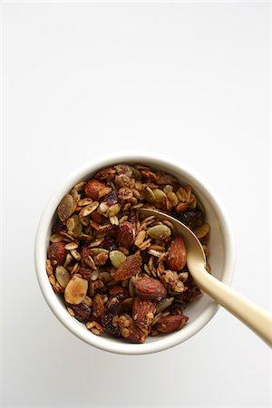 snack - Bowl of Granola Stock Photo - Premium Royalty-Free, Code: 600-05973613