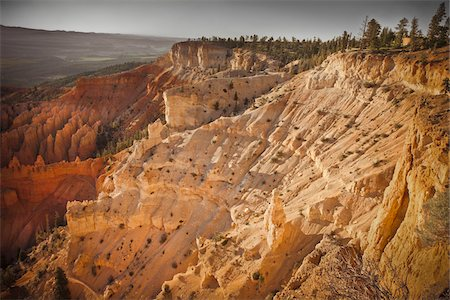 rugged landscape - Bryce Amphitheater, Bryce Canyon National Park, Utah, USA Stock Photo - Premium Royalty-Free, Code: 600-06009186