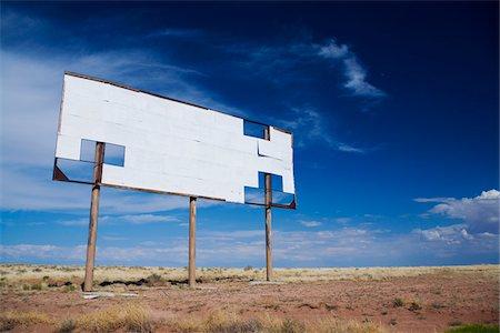 Blank Billboard along Interstate 40, Arizona, USA Stock Photo - Premium Royalty-Free, Code: 600-06125576