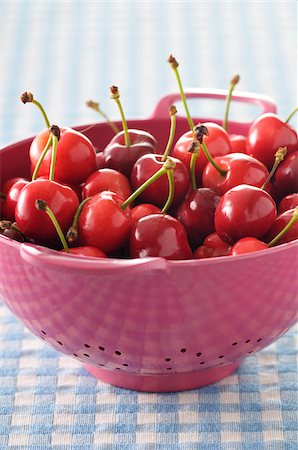 Close-up of Cherries in Colander Stock Photo - Premium Royalty-Free, Code: 600-06170369