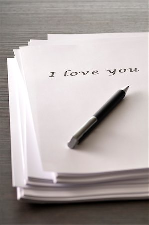 Note Paper and Pen, I Love You Stock Photo - Premium Royalty-Free, Code: 600-06334386