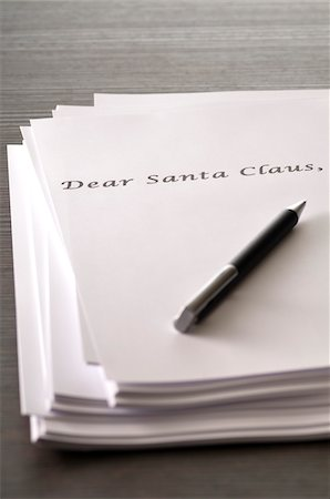 Note Paper and Pen, Letter to Santa Claus Stock Photo - Premium Royalty-Free, Code: 600-06334391