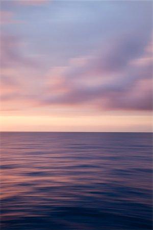 dreamy - Atlantic Ocean Stock Photo - Premium Royalty-Free, Code: 600-06355119