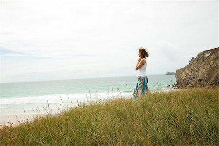 Side View of Woman on Beach, Camaret-sur-Mer, Crozon Peninsula, Finistere, Brittany, France Stock Photo - Premium Royalty-Free, Code: 600-06382805