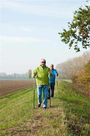 Men Hiking, Lampertheim, Hesse, Germany Stock Photo - Premium Royalty-Free, Code: 600-06397403
