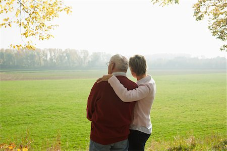 Mature Woman with Senior Father in Autumn, Lampertheim, Hesse, Germany Stock Photo - Premium Royalty-Free, Code: 600-06397462