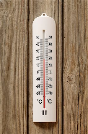Close-up of Thermometer at 20 Degrees Celsius Stock Photo - Premium Royalty-Free, Code: 600-06451941