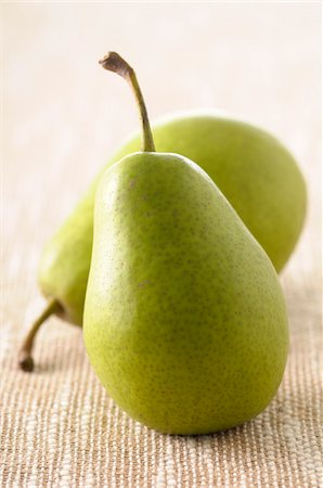 Close-up of Two Pears Stock Photo - Premium Royalty-Free, Code: 600-06451965
