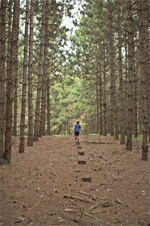 Boy Walking on Path in Forest, Newmarket, Ontario, Canada Stock Photo - Premium Royalty-Free, Code: 600-06452046