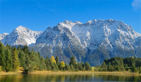 snow capped - Lake Luttensee with Karwendel Mountain Range, near Mittenwald, Werdenfelser Land, Upper Bavaria, Bavaria, Germany Stock Photo - Premium Royalty-Free, Code: 600-06471306