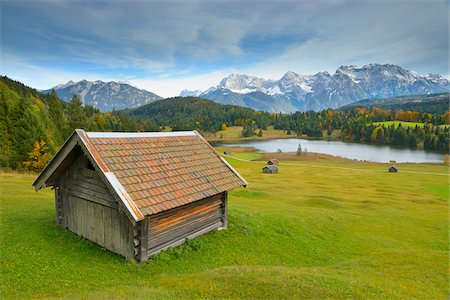 Hay Barn, Lake Geroldsee and Karwendel Mountain Range, Werdenfelser Land, Upper Bavaria, Bavaria, Germany Stock Photo - Premium Royalty-Free, Code: 600-06471336