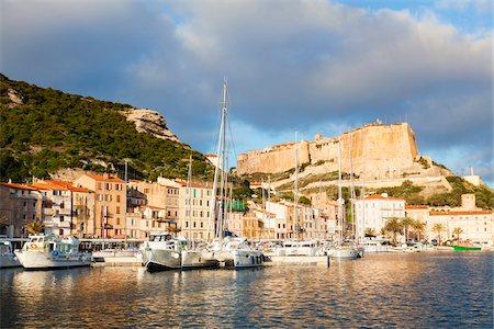 Yacht, Harbour and Citadel at Bonifacio, Corse-du-Sud, Corsica, France Stock Photo - Premium Royalty-Free, Code: 600-06486186