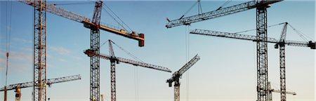 Panoramic of Multiple Heavy Duty Construction Cranes, Toronto, Ontario, Canada Stock Photo - Premium Royalty-Free, Code: 600-06531377