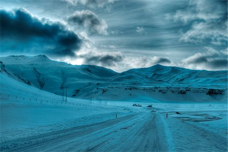 Road at winter in Iceland Stock Photo - Premium Royalty-Free, Code: 600-06702073