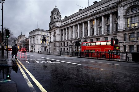 edificio - Bus Lane in London Foto de stock - Sin royalties Premium, Código: 600-06702150