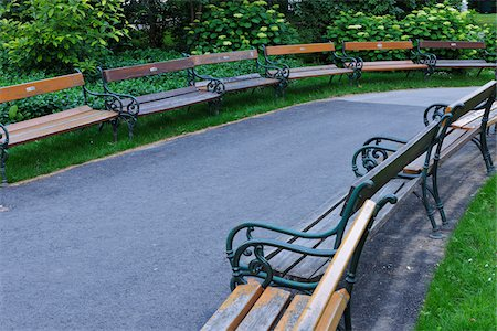 Benches in park. Vienna, Austria. Stock Photo - Premium Royalty-Free, Code: 600-06732625