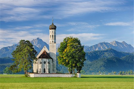 St Coloman Church with Bavarian Alps, Schwangau, Ostallgau, Bavaria, Germany Fotografie stock - Premium Royalty-Free, Codice: 600-06758365