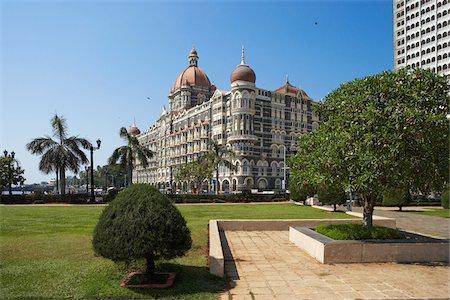 The Taj Mahal Palace Hotel, five-star hotel located in the Colaba region of Mumbai, Maharashtra, India Stock Photo - Premium Royalty-Free, Code: 600-06752627