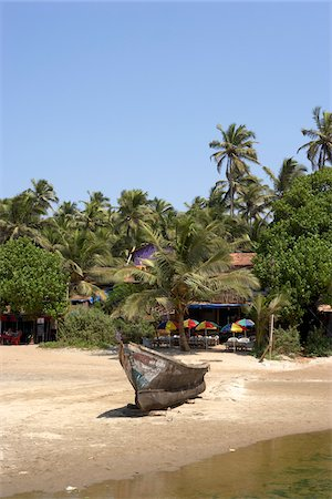 Boat on a beach in Goa, India Stock Photo - Premium Royalty-Free, Code: 600-06752620