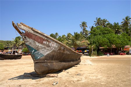Boat on a beach in Goa, India Stock Photo - Premium Royalty-Free, Code: 600-06752621
