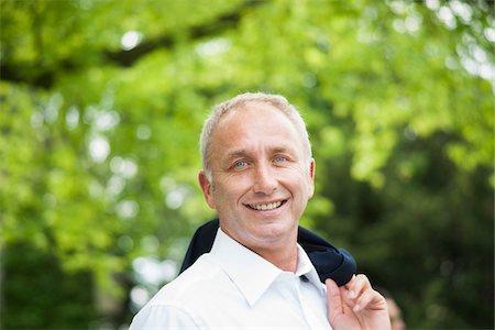 Portrait of Businessman Outdoors, Mannheim, Baden-Wurttemberg, Germany Stock Photo - Premium Royalty-Free, Code: 600-06773348