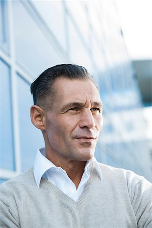 Portrait of Businessman Outdoors, Mannheim, Baden-Wurttemberg, Germany Stock Photo - Premium Royalty-Free, Code: 600-06773363