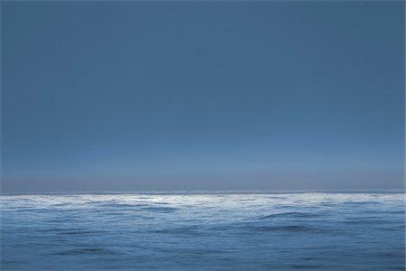 The Atlantic Ocean at dusk. Stock Photo - Premium Royalty-Free, Code: 600-06782126