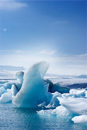 Icebergs in Jokulsarlon, South Iceland, Iceland Stock Photo - Premium Royalty-Free, Code: 600-06808731