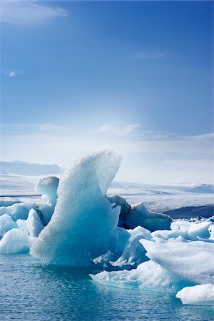 Icebergs in Jokulsarlon, South Iceland, Iceland Stock Photo - Premium Royalty-Free, Code: 600-06808731