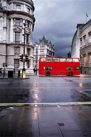Double-decker Bus on Rainy Day, London, England Stock Photo - Premium Royalty-Free, Code: 600-06808732
