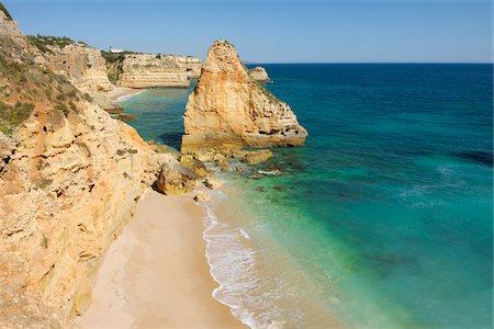 Rock Formations at Praia da Marinha and Atlantic Ocean, Lagoa, Algarve, Portugal Stock Photo - Premium Royalty-Free, Code: 600-06841868
