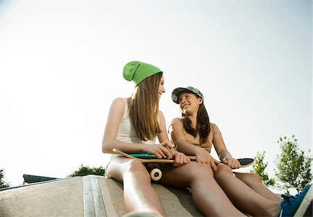 Girls Hanging out in Skatepark, Feudenheim, Mannheim, Baden-Wurttemberg, Germany Stock Photo - Premium Royalty-Free, Code: 600-06894945