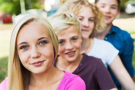 Portrait of Teenagers Outdoors, Mannheim, Baden-Wurttemberg, Germany Stock Photo - Premium Royalty-Free, Code: 600-06939781