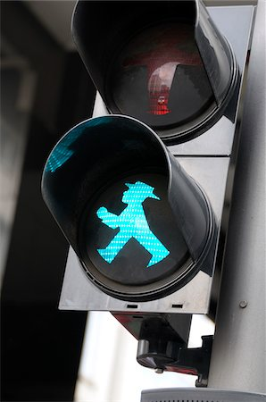 sign - Traffic light, walk sign Ampelmann, Berlin, Germany Stock Photo - Premium Royalty-Free, Code: 600-06961807